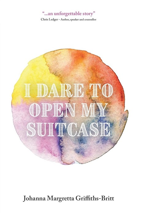 I Dare to Open My Suitcase (Paperback)