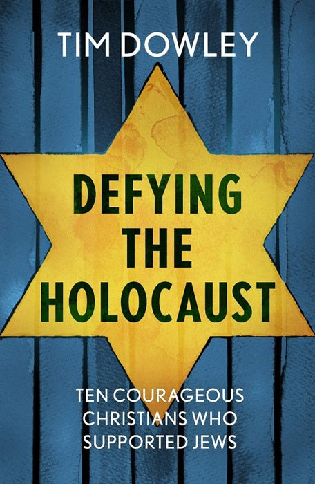 Defying the Holocaust (Paperback)