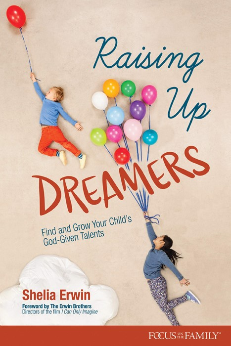 Raising Up Dreamers (Paperback)