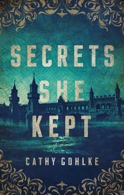 Secrets She Kept (Paperback)