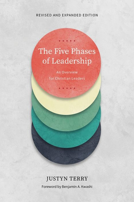 The Five Phases of Leadership (Paperback)