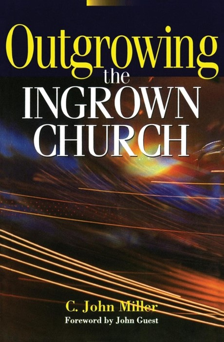 Outgrowing The Ingrown Church (Paper Back)