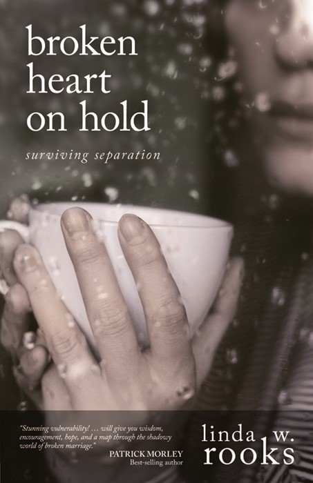 Broken Heart On Hold (Paperback)