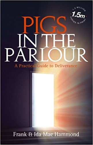 Pigs In The Parlour (Paperback)
