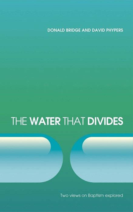 The Water That Divides (Paper Back)
