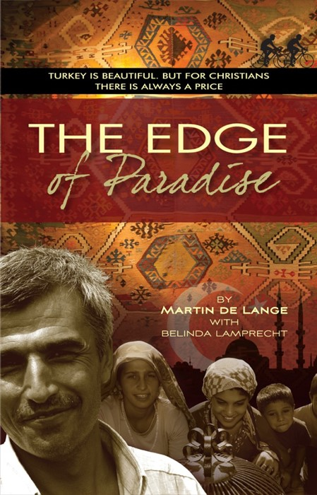The Edge Of Paradise (Paperback)