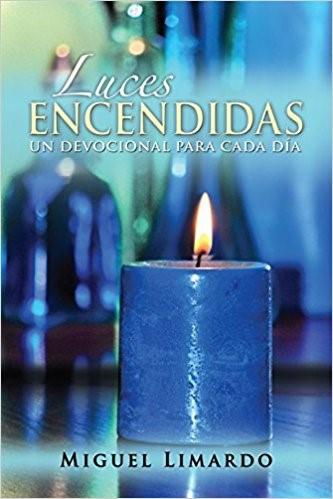 Luces Encendidas (Paperback)