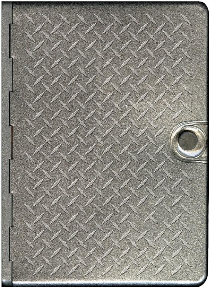 NLT Metal Bible: Metal Diamond Plate
