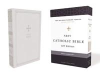 NRSV Catholic Bible, White, Comfort Print (Imitation Leather)