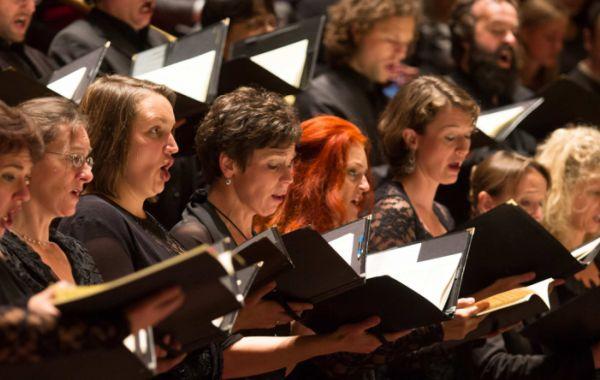 Brahms' Ein deutsches Requiem door Cappella Amsterdam