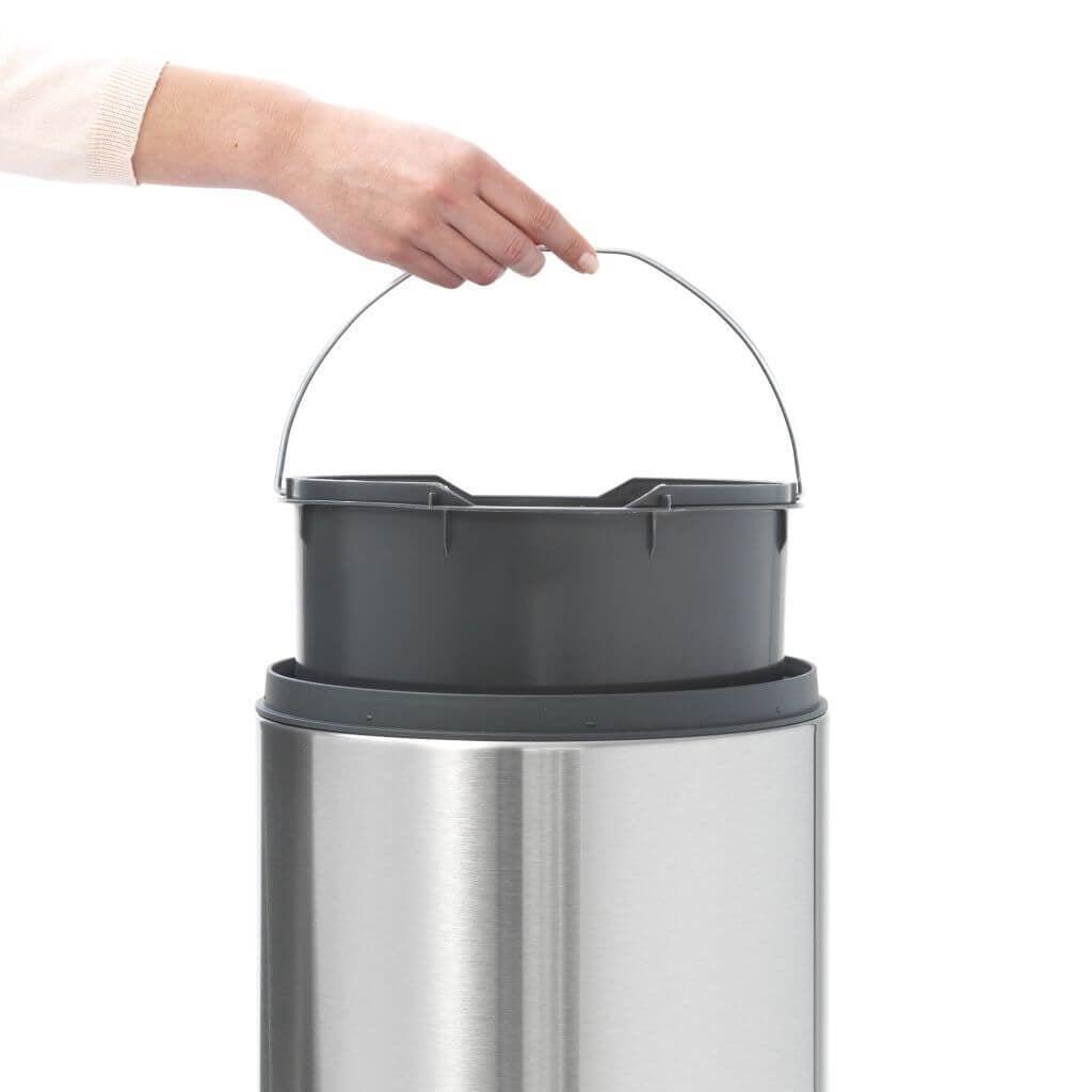 Afvalemmer Brabantia 30 Liter.Brabantia Touch Bin New Afvalemmer 30 Liter Matt Coppens Warenhuis