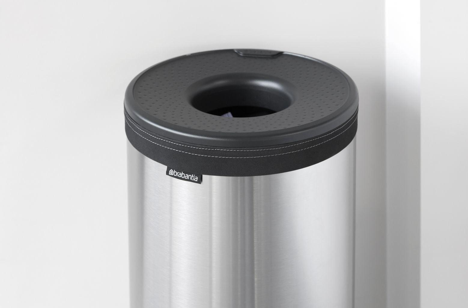 Brabantia Wasmand 30 Liter.Brabantia Wasbox 30 Liter Matt Steel Dark Grey Kunststof Deksel Brabantia Wasbox 30 Liter Matt Steel Dark Grey Kunststof Deksel