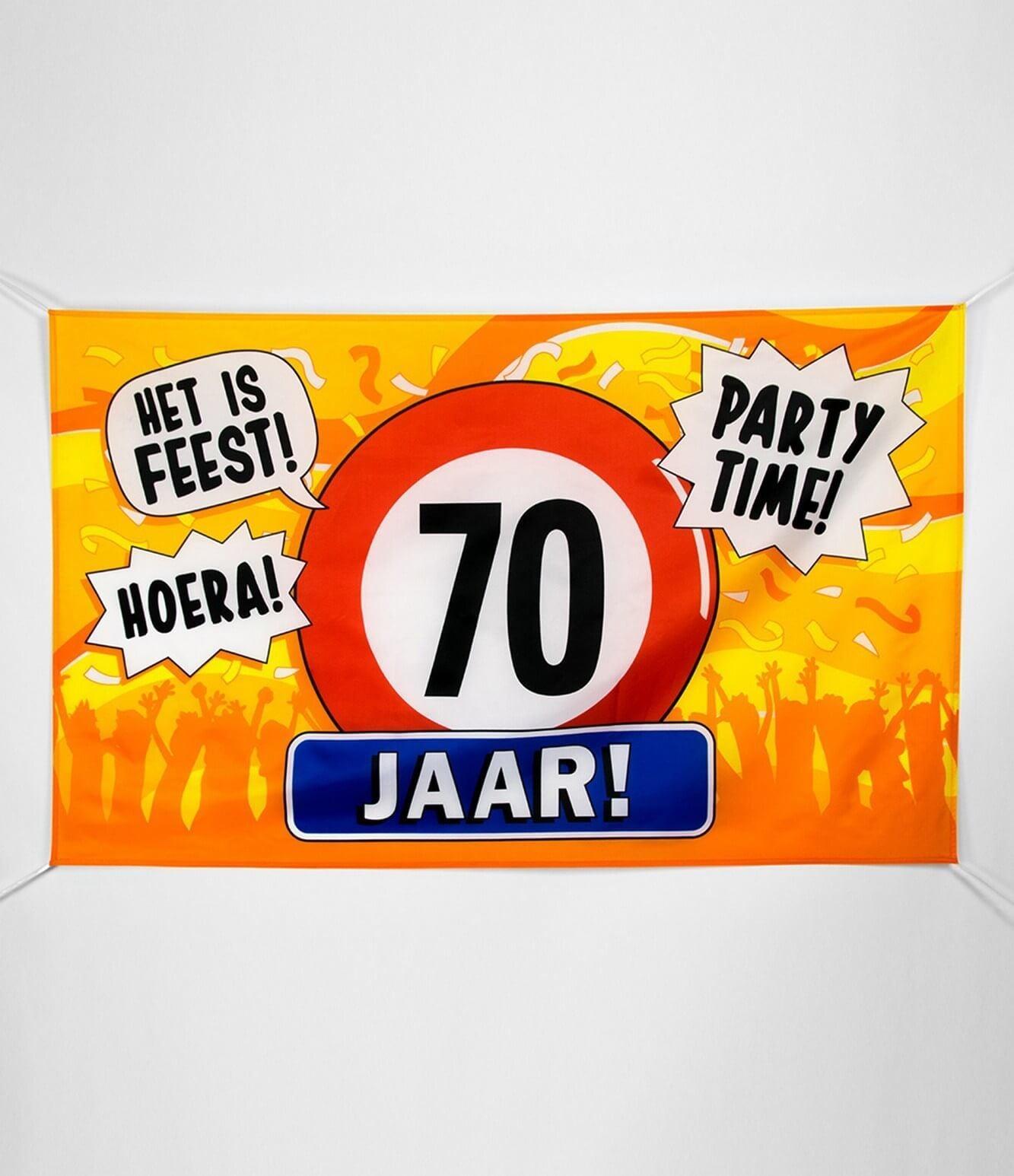 Gevel vlag - 70 jaar