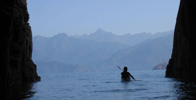 Kajak auf Korsika – Wochentour « Die Calanques der Insel der Schönheit »