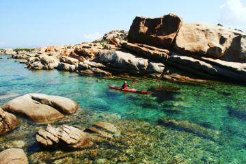 """Séjour kayak en corse - itinérance en kayak de mer  """"les criques perdues de la côte sud-ouest"""""""