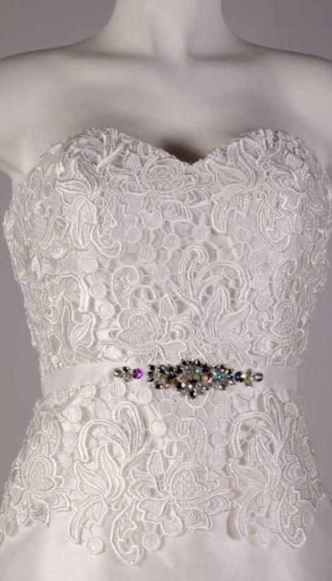 Trouwjurk jurk mét jasje  2503 - Magic Nights