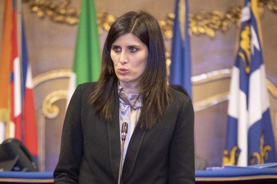 """Torino, sospetto pacco bomba alla sindaca Chiara Appendino: """"Poteva esplodere"""""""