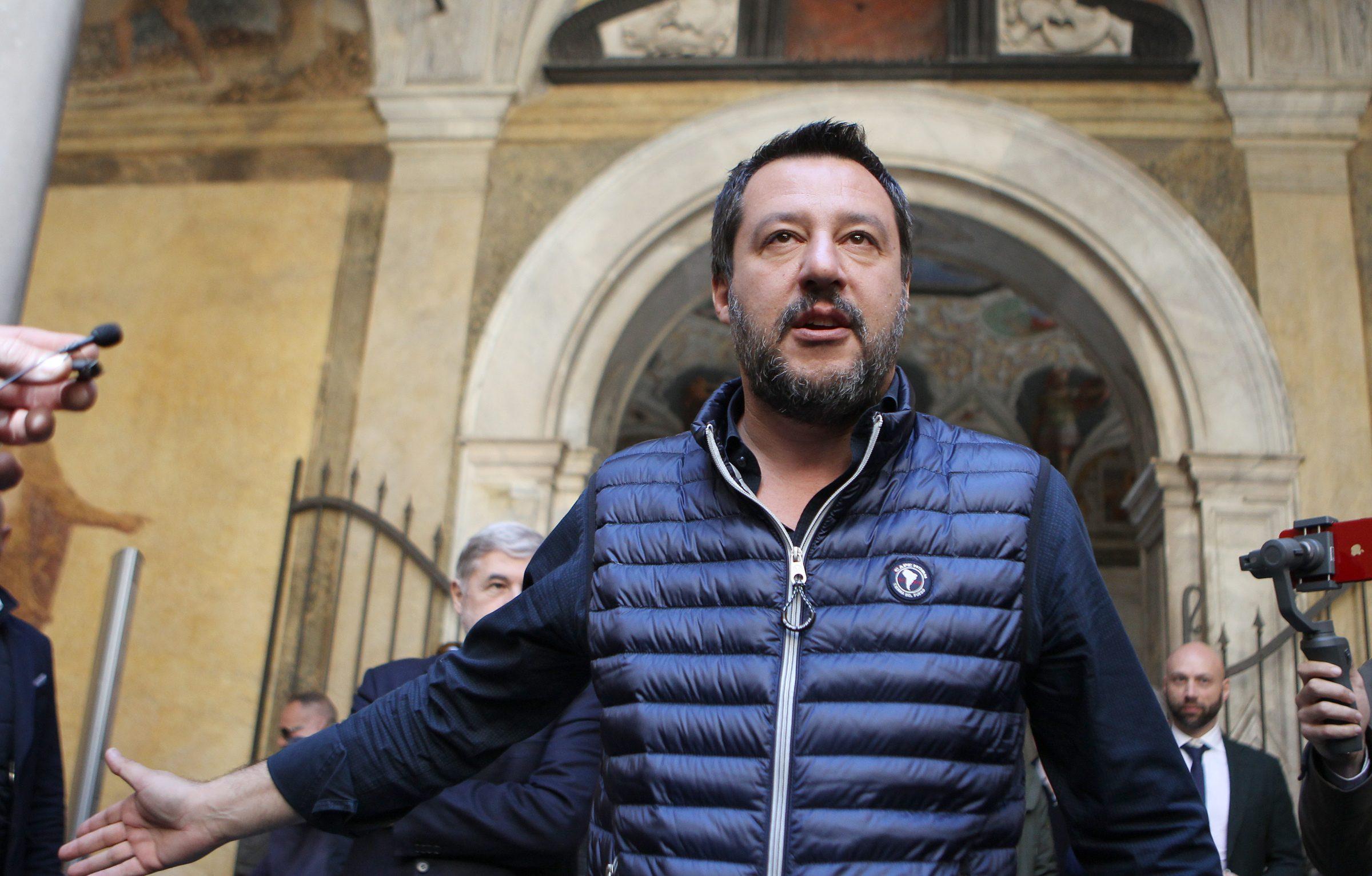 """Matteo Salvini: """"IVA non aumenterà, taglieremo le spese inutili e le scorte"""""""