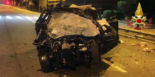 Pauroso schianto nella notte in A14: una coppia morta sul colpo, ferito gravemente un poliziotto