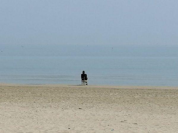Pasquale, 92 anni: dopo una vita in miniera ogni giorno fa 60 km per vedere il mare