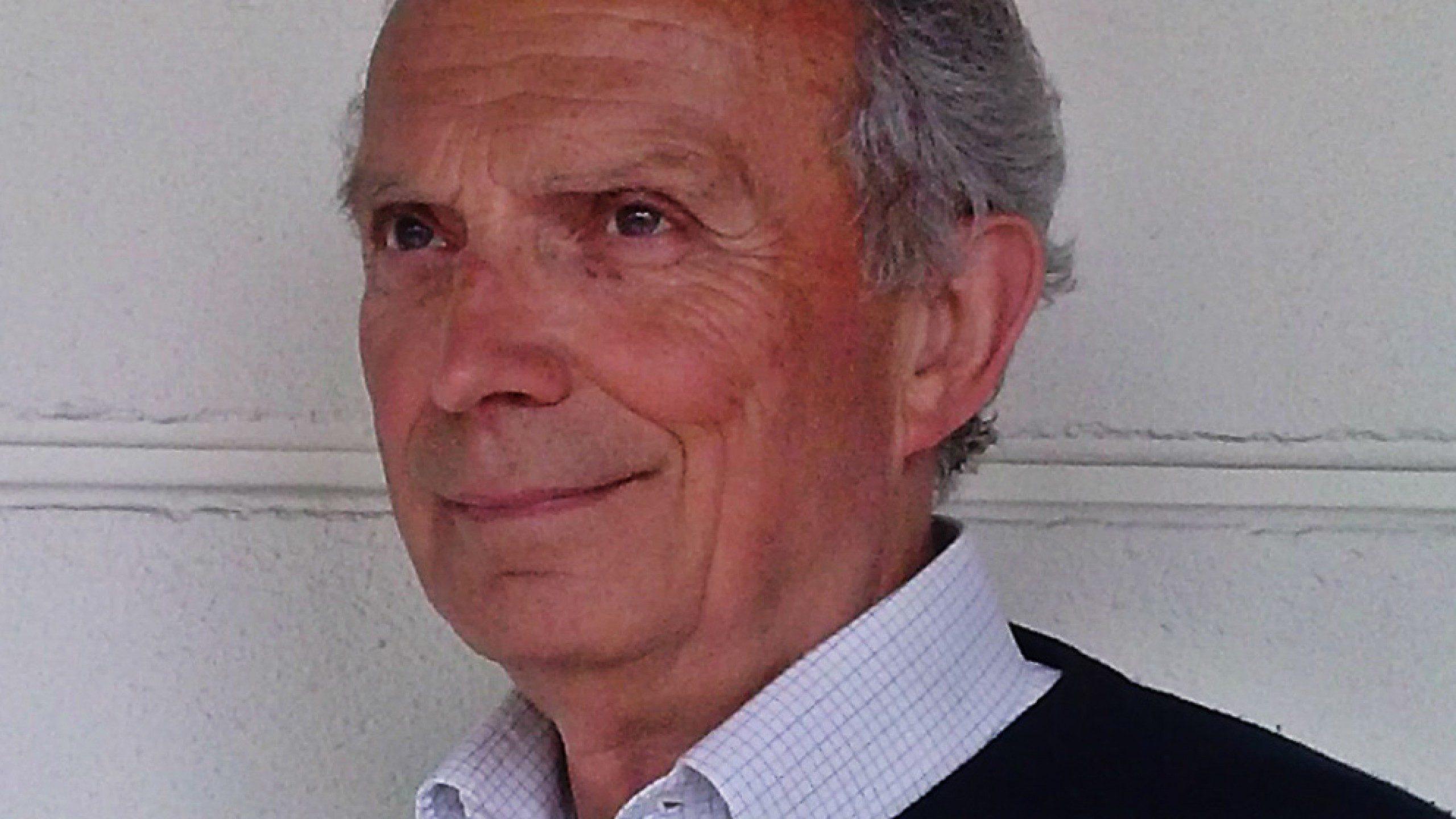 È morto Giancarlo Fassina, il mago della luce: ha creato l'iconica lampada Tolomeo