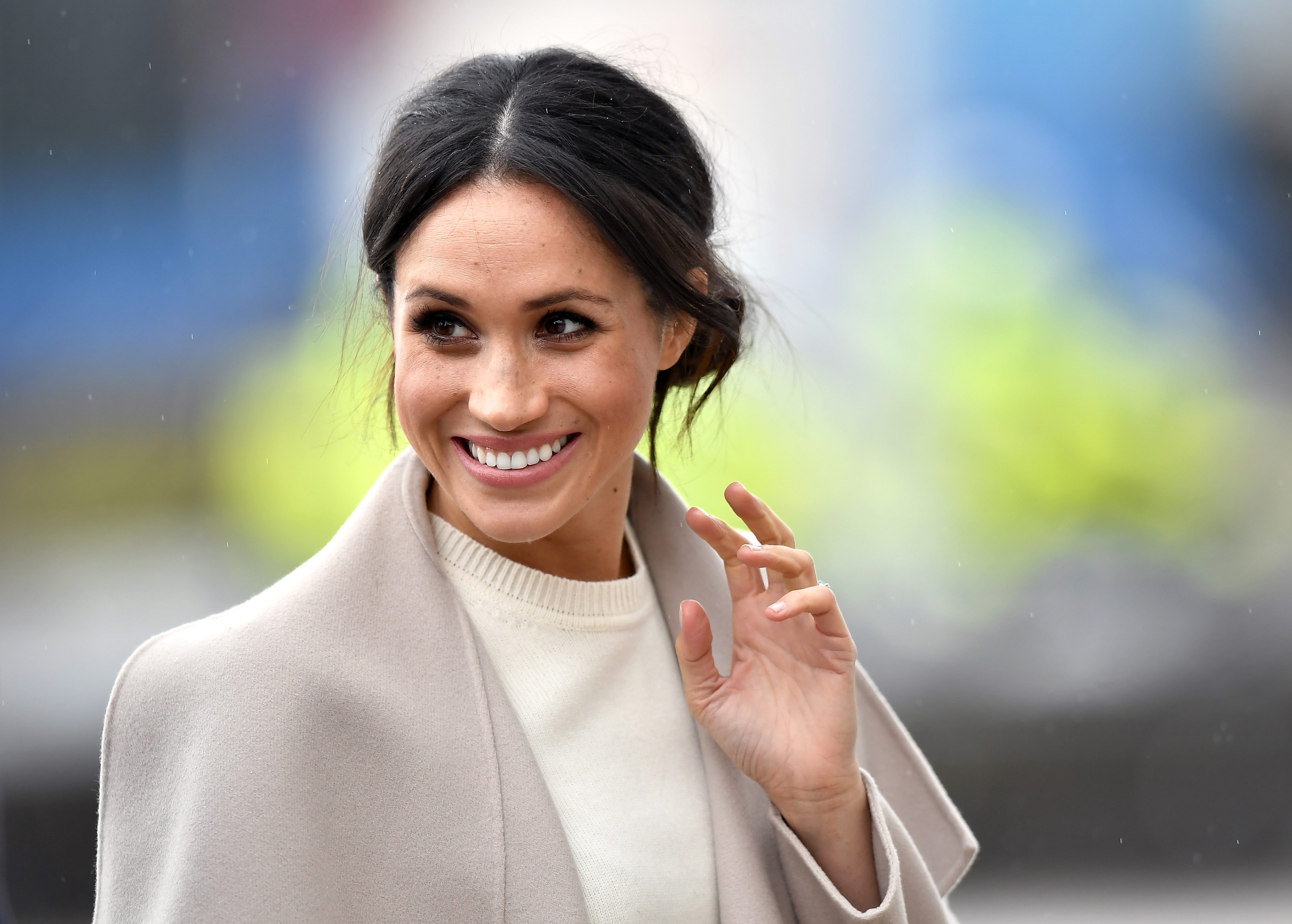 Meghan Markle non potrà più indossare i gioielli di Diana: è una decisione della regina Elisabetta