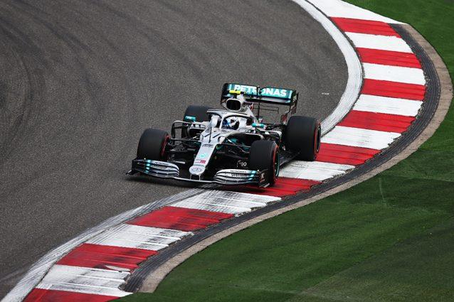 F1 GP Cina, Prove libere 2: Bottas e Vettel separati da millesimi, problemi per Leclerc