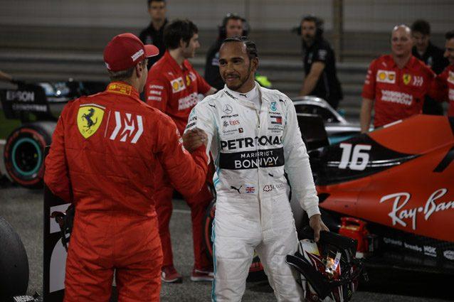 """Hamilton difende Vettel: """"Anche i campioni del mondo sbagliano, Seb si riprenderà"""""""
