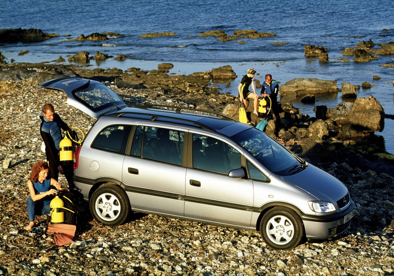 Opel Zafira compie 20 anni