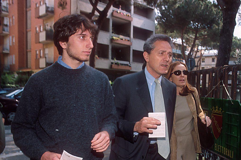 La grande famiglia di Barbara Palombelli e Francesco Rutelli, un figlio naturale e tre adottivi