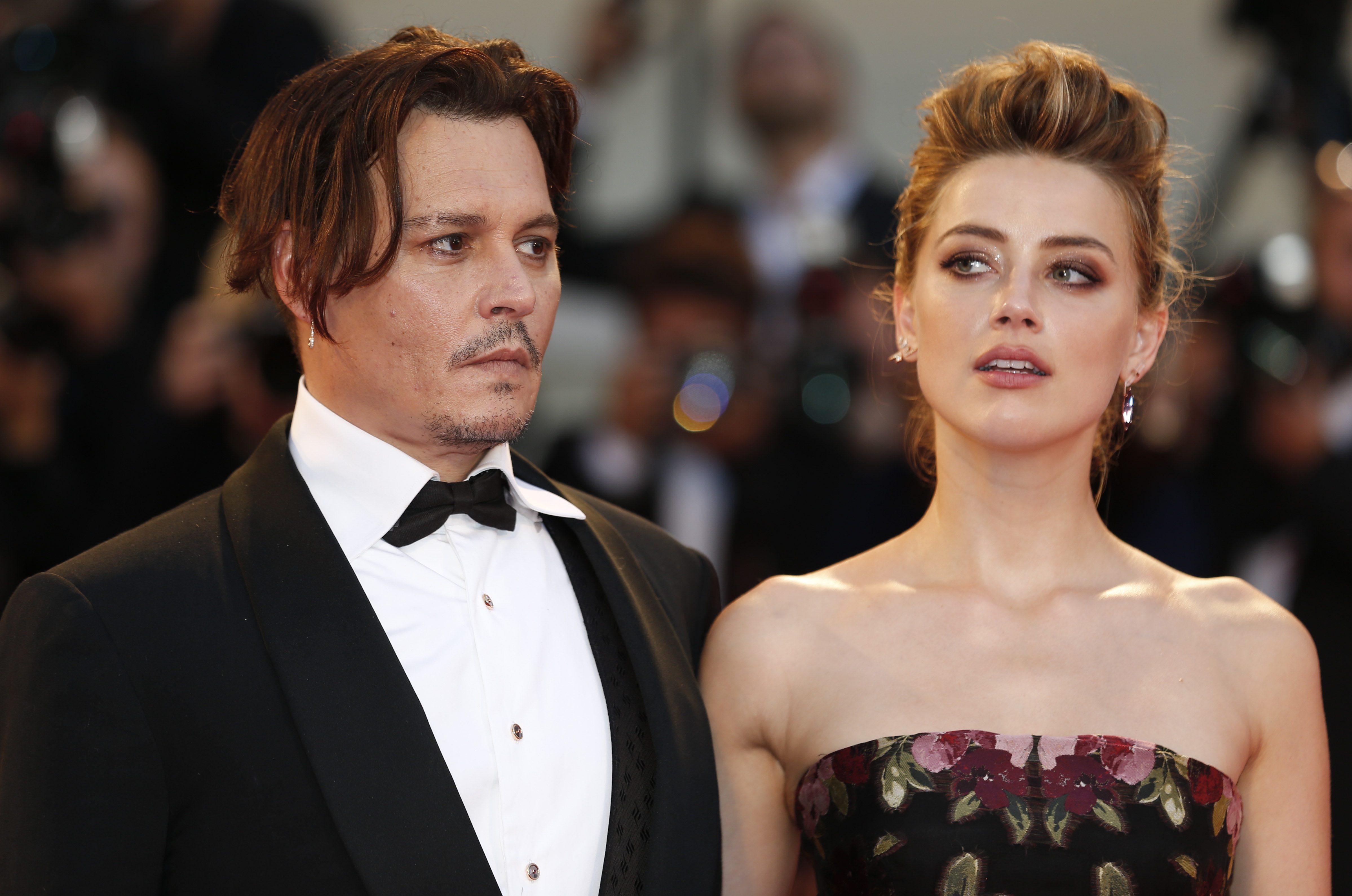 """Amber Heard lancia nuove accuse a Johnny Depp: """"Mostro, abusò di me per anni. Temevo mi uccidesse"""""""