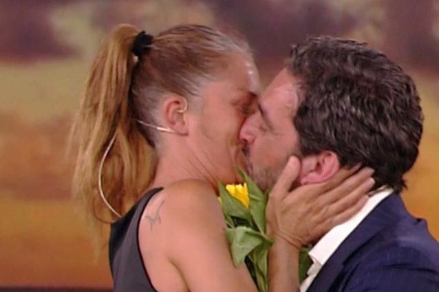 """""""Mia moglie non è una strega"""": chi è Guido Bellitti, marito di Marina La Rosa"""