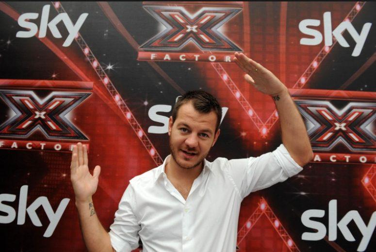 """""""Alessandro Cattelan lascia X Factor"""", ma è solo un pesce d'aprile"""