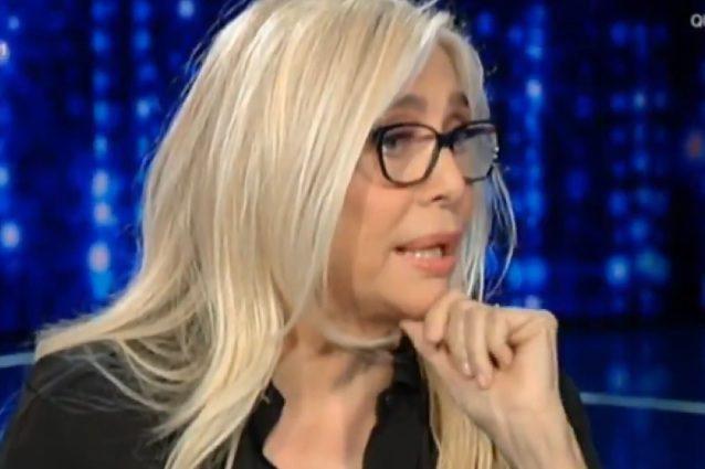 """Niente caffeuccio a Stefano De Martino, Mara Venier: """"Non nominarlo, c'è l'esclusiva del caffè"""""""