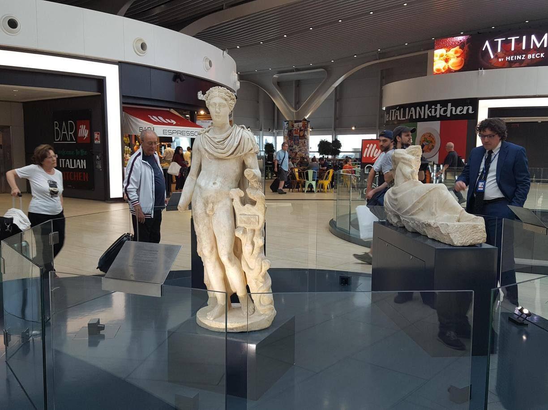 I passeggeri dell'aeroporto di Fiumicino cammineranno tra i reperti di Ostia Antica