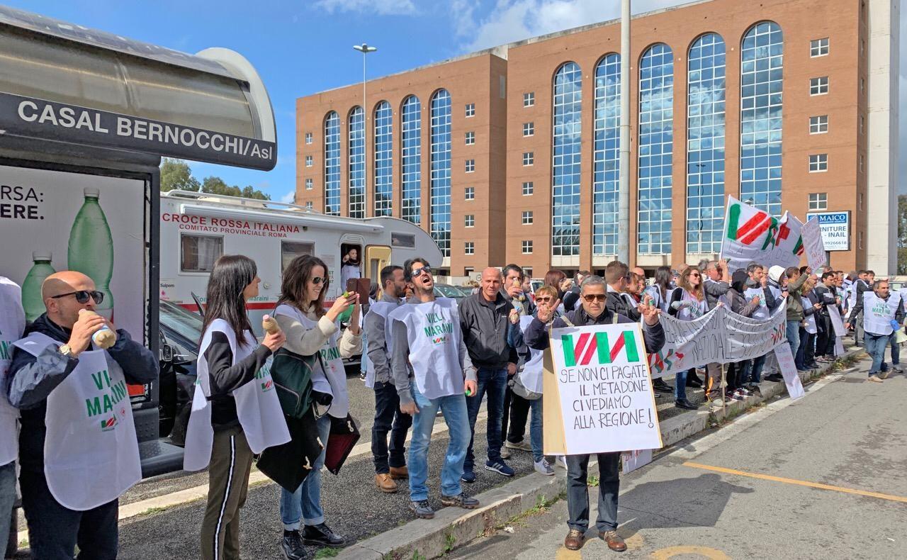 Roma, la Asl limita il metadone e Villa Maraini protesta assieme agli utenti in cura