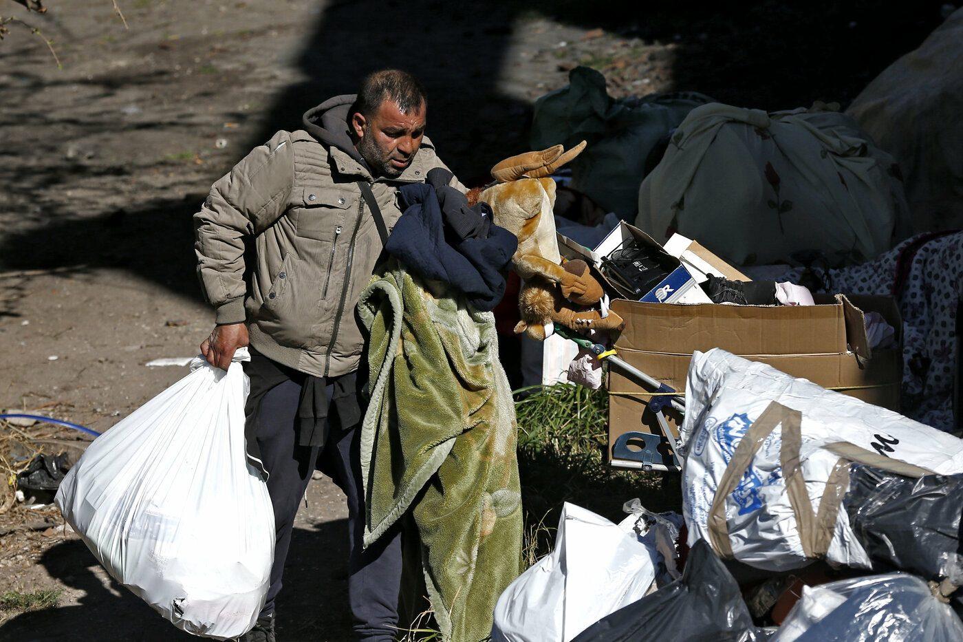 Roma, sgomberare 1300 rom dalle baraccopoli è costato 1,6 milioni e ha peggiorato le cose