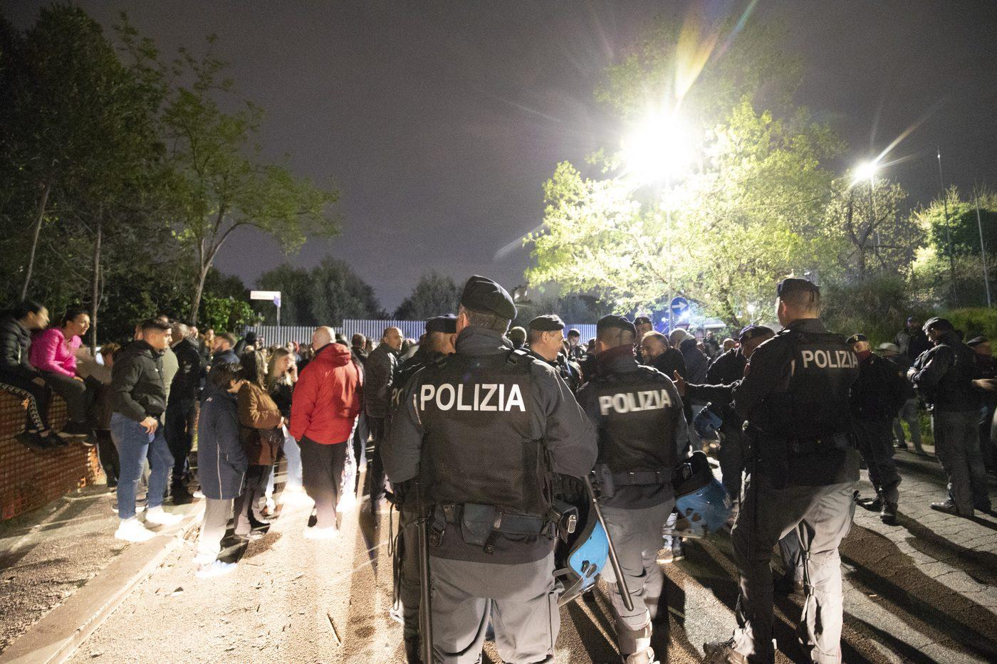 Protesta contro rom a Torre Maura: la procura indaga per disordini con aggravante odio razziale