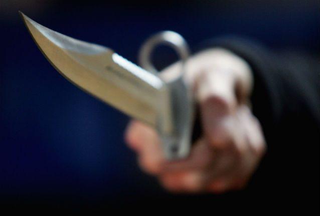 Varese, 26enne accoltellato nel sonno: è grave. Fermato il padre della fidanzata