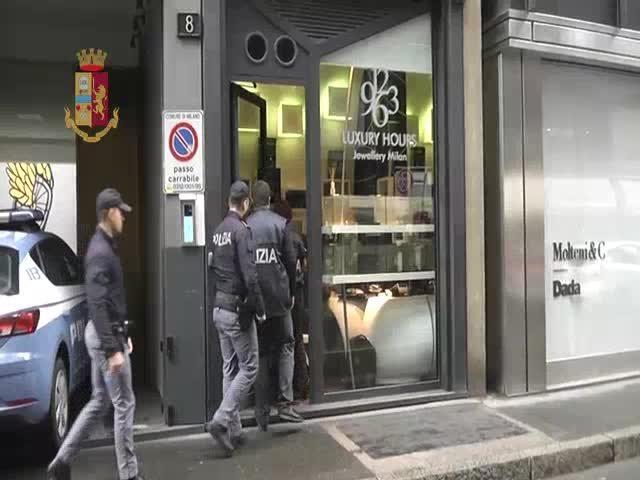 Camorra, 'ndragheta e mafia: così la criminalità organizzata si è infiltrata nei locali di Milano