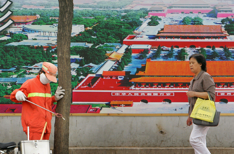 In Cina un bracciale elettronico per monitorare il lavoro dei netturbini