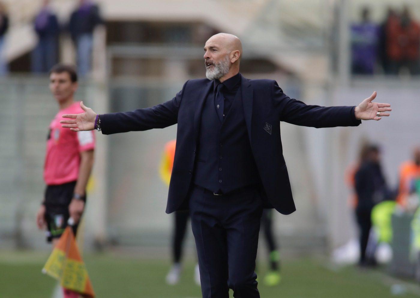 """Fiorentina, Pioli rischia l'esonero. Il club: """"Decisioni sul futuro in 48 ore"""""""