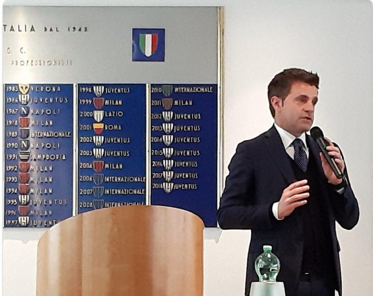 """Rizzoli promuove il Var ma ammette l'errore di Fabbri: """"Possiamo sbagliare"""""""