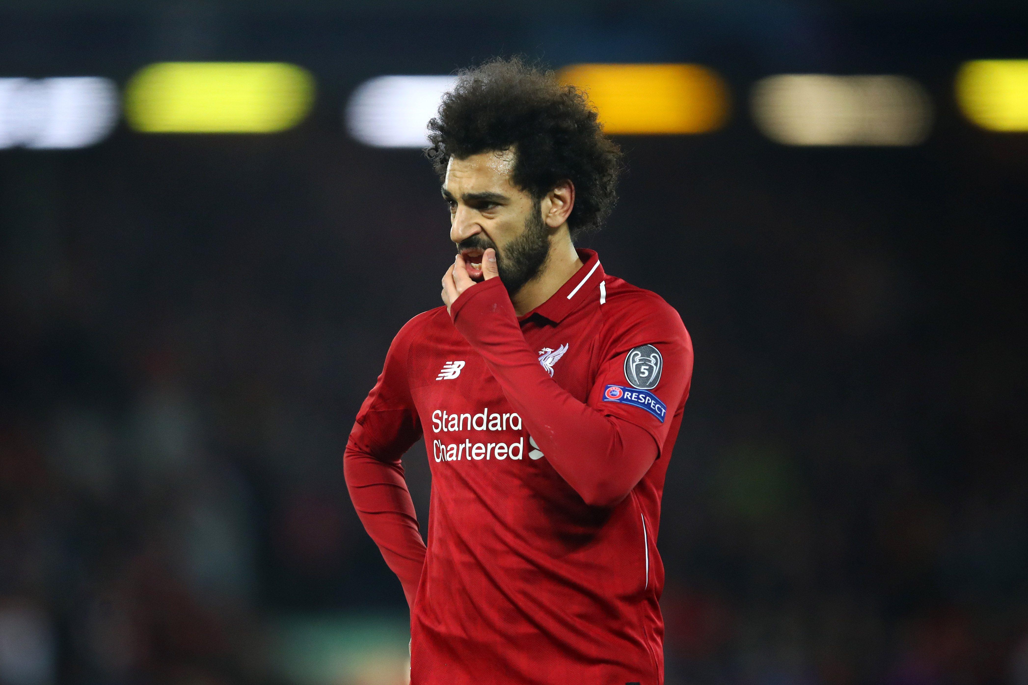 """Tifosi del Chelsea cantano: """"Salah bombarolo"""". Il Liverpool si arrabbia"""