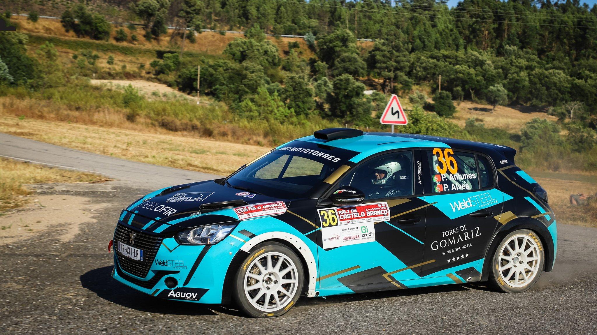 Antunes regala il successo alla Peugeot Rally4 al debutto
