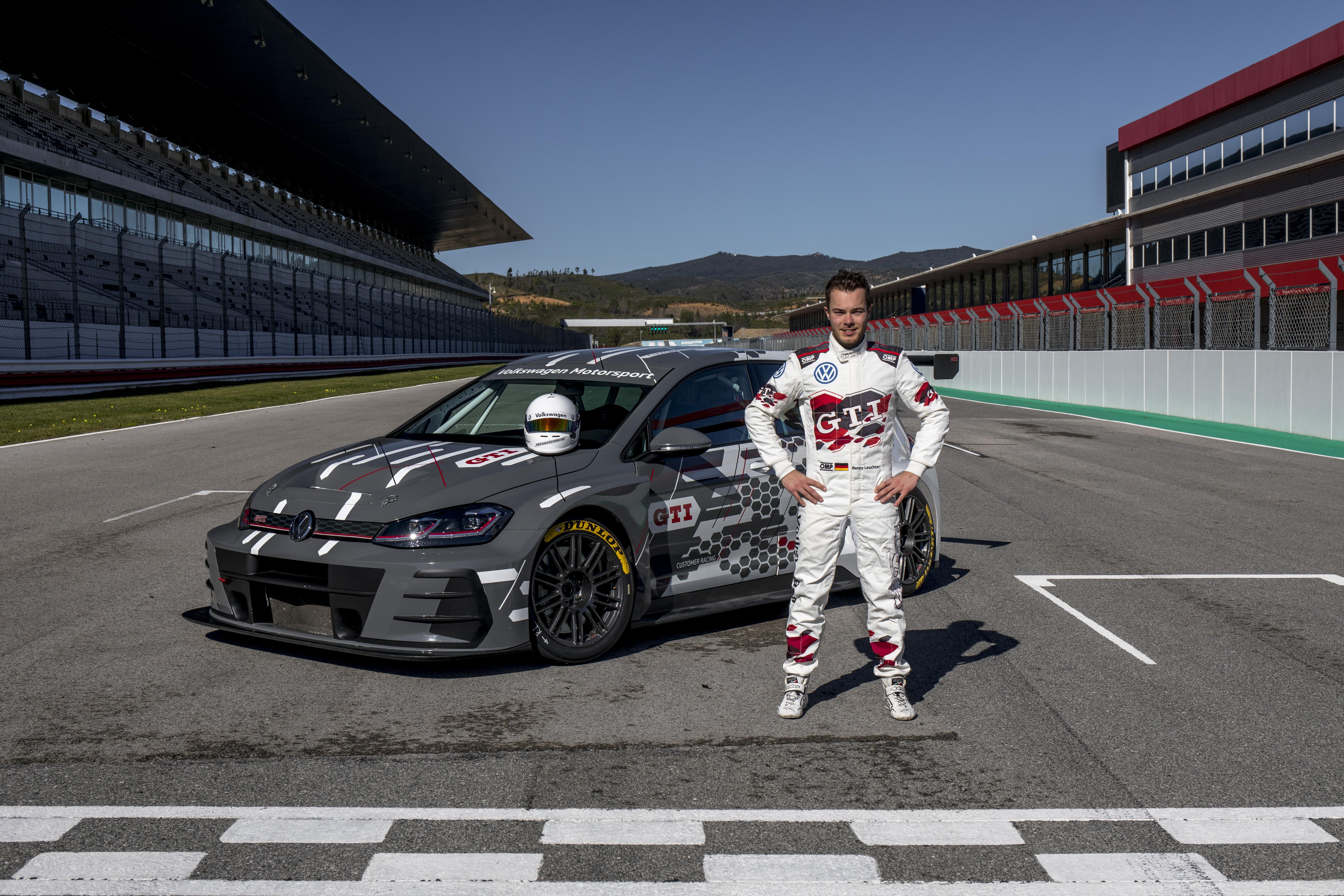 Leuchter macht Volkswagens WTCR-Aufgebot bei Sébastien Loeb Racing komplett