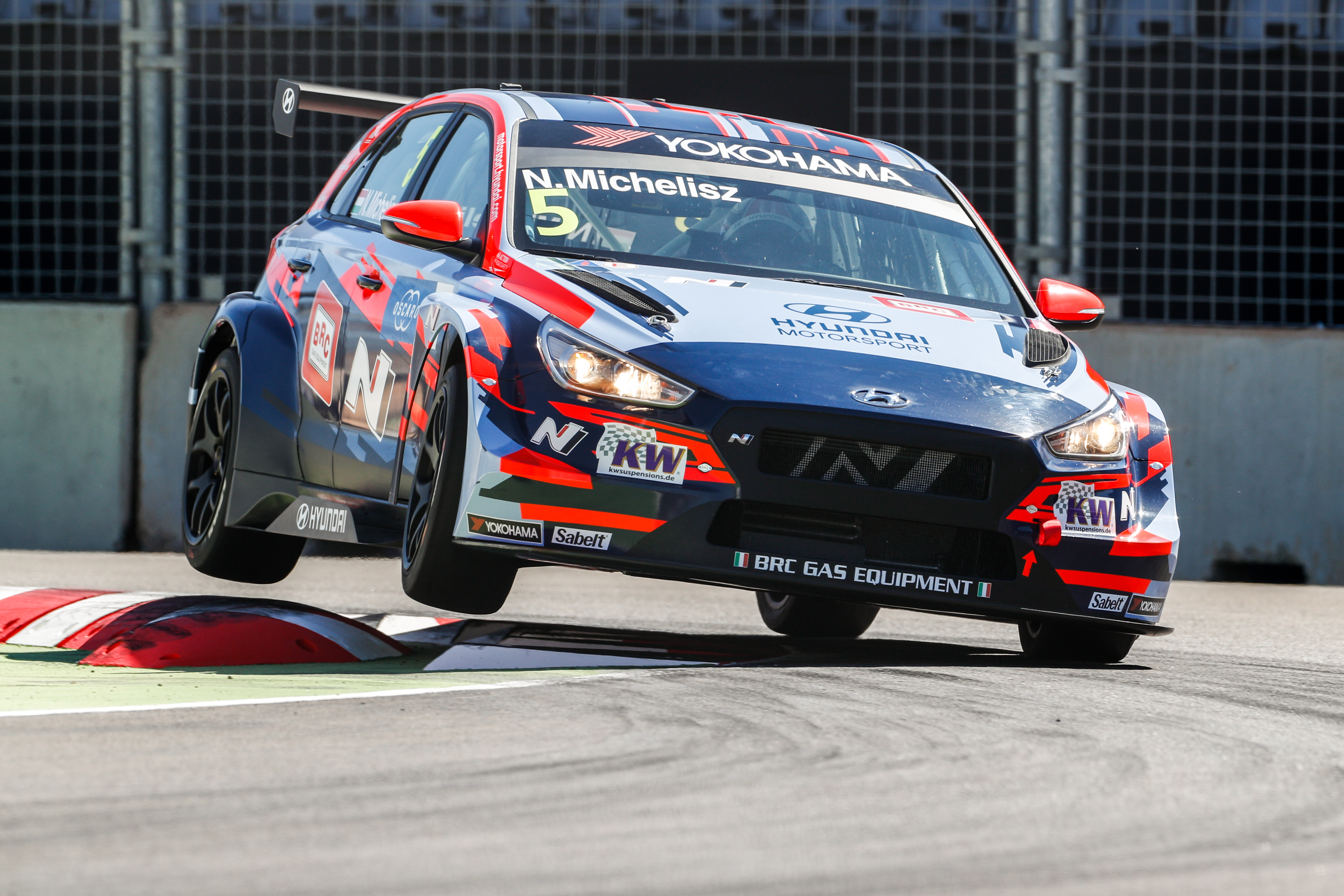 Michelisz Hungary to improve in WTCR