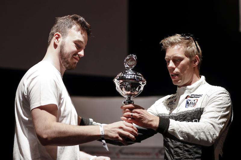 Dornieden con Fernando Alonso per Esports WTCR OSCARO