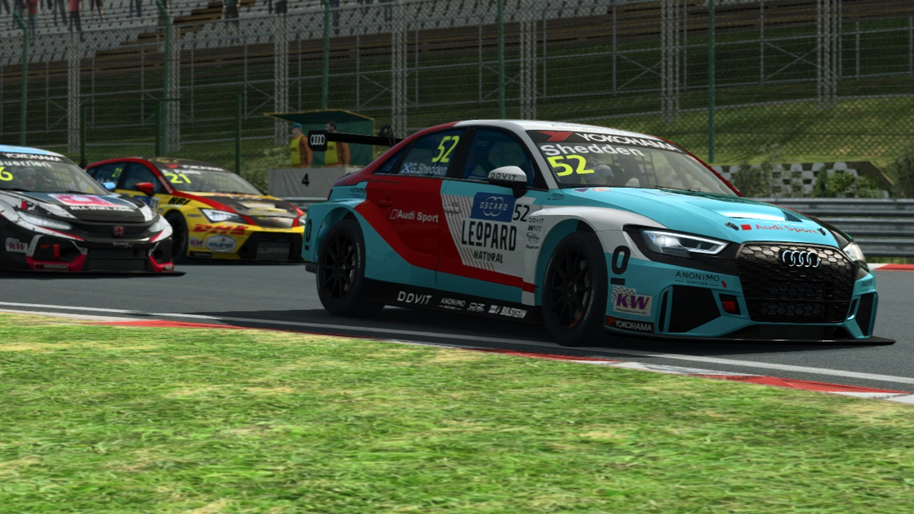 Keithley, Kunze share Esports WTCR OSCARO wins