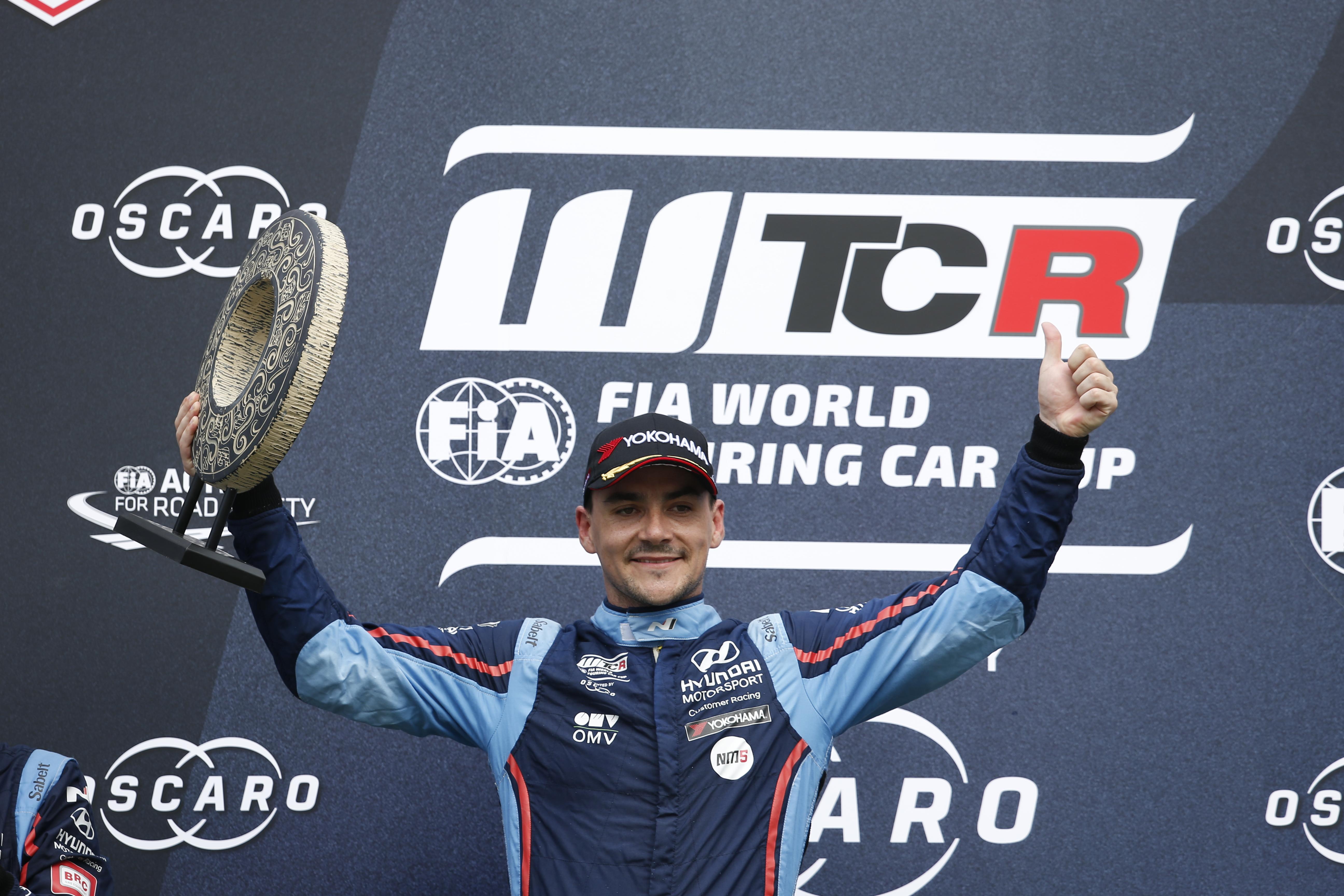 Michelisz leads on the #RoadToMalaysia following China WTCR triumph